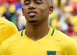 Gabriel Jesus inocenta jogador argentino por lesão no rosto