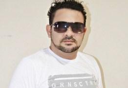 Cantor paraibano morre em ambulância após sofrer mau súbito