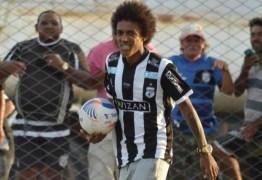 Botafogo-PB acerta com Roger Gaúcho