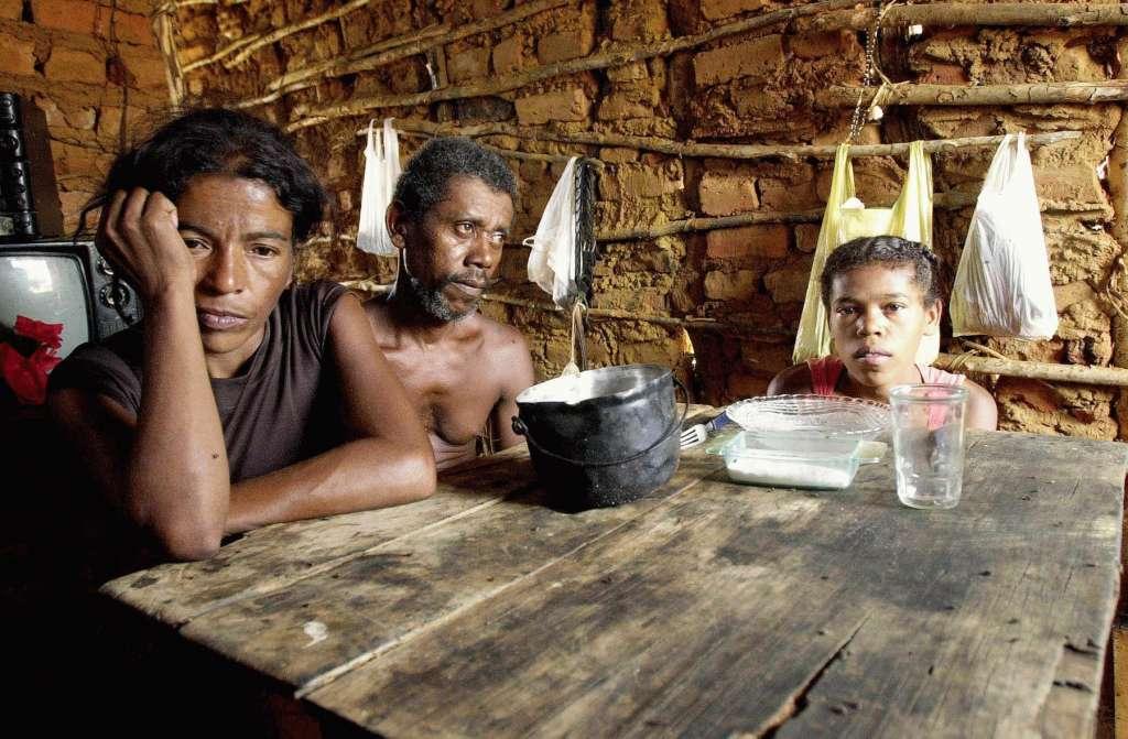 FOME - ONU diz que 5,2 milhões de brasileiros passam fome