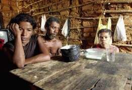 Fome volta a assombrar famílias brasileiras