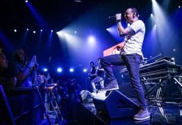 Artistas lamentam o morte de Chester Bennington, vocalista do Linkin Park