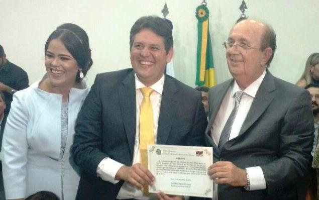 dinaldinho - Patos: Dinaldinho estuda lançar esposa para Estadual e pai para Federal em 2018