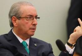 Eduardo Cunha prepara dossiê contra Michel Temer