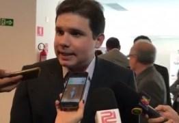 Hugo Motta é vaiado em Teixeira; veja o vídeo