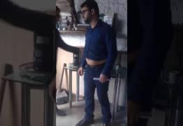 O MOMENTO DO FLAGRANTE: Vídeos mostram o momento da prisão do prefeito Berg Lima com dinheiro nas calças  – VEJA VÍDEOS