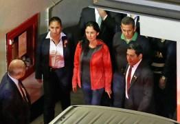 Ex-presidente do Peru Ollanta Humala e sua mulher se entregam para cumprir prisão preventiva