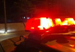 Bandidos explodem Correios e agência bancária em Aroeiras