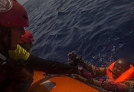 Treze pessoas são encontradas mortas em bote no Mar Mediterrâneo