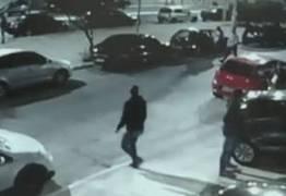 CENA FORTE: Três pistoleiros matam dois homens no meio da rua – VEJA VÍDEO DO CRIME