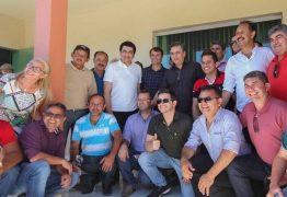 A convite de Bado, Romero prestigia convenção do PMDB de Cuité e é festejado em evento