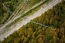 images 3 - Suíça inaugura maior ponte suspensa para pedestres do mundo