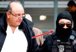 Japonês da Federal se disfarça com touca ninja em prisão de Cândido Vaccarezza