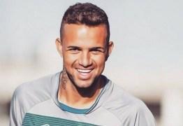Jogador do Grêmio é disputado por Liverpool e Fenerbahce, afirma jornal