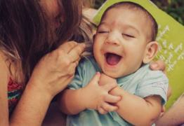 UEPB entrega kits para bebês portadores de microcefalia