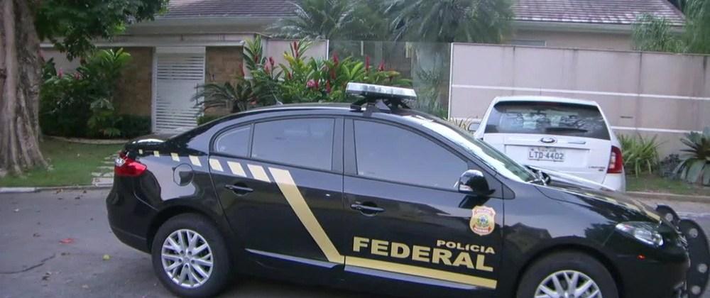 Resultado de imagem para EX-SECRETÁRIO DE OBRAS DE PAES É PRESO EM DESMEMBRAMENTO DA LAVA JATO NO RIO: charges