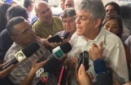 Governador diz que Bradesco ganhou legitimamente a licitação espera melhor serviço a com Folha – VEJA VÍDEO