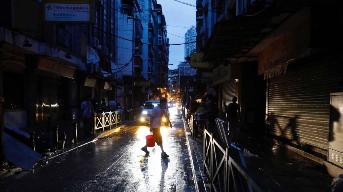tufão china hong kong macau - CHINA: Tufão atinge Macau e Hong Kong e deixa mais de 15 mortos