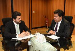 Wilson Filho se reúne com ministro da Educação e pede recursos para aberturas de escolas e creches