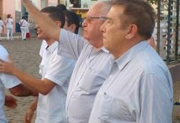 Carlos Dunga anuncia apoio à reeleição do deputado Renato Gadelha
