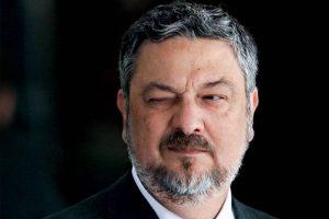 antonio palocci 2011 901 300x200 1 - DELAÇÃO PREMIADA: Palocci diz que filho de Lula recebeu propina de montadoras