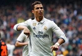 Ao lado da mulher, Cristiano Ronaldo revela o nome da futura filha