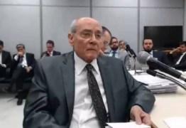 Empresário diz que assinou recibos de Lula em um mesmo dia