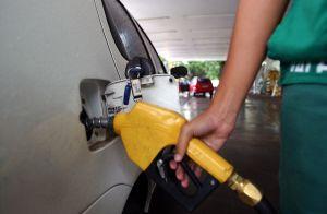gasolina - EMERSON MACHADO: repórter mobiliza população para protestar contra aumento nos combustíveis