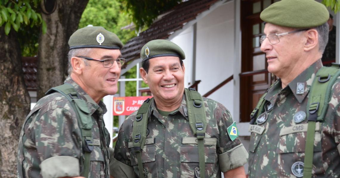 general mourão - Discurso do General Mourão causa agitação nas Casernas