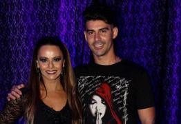 Peça teatral foi motivo do fim de noivado de Viviane Araújo e Radamés