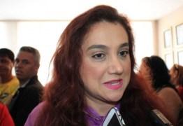 Olenka desconversa sobre aliança e defende Maranhão para governador