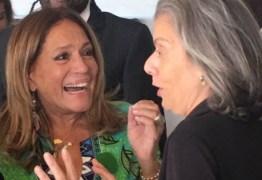 Susana Vieira recusa tirar foto com deputado em protesto de artistas