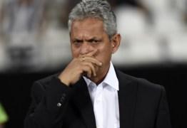Rueda assume riscos e faz testes em meio ao Brasileirão