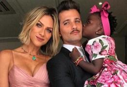 Rara foto de Titi ainda bebê ao lado de Giovanna Ewbank encanta a web