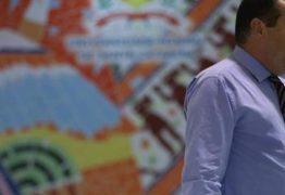 Professores questionam 'estado policial' do Brasil após suicídio de reitor da UFSC