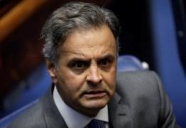 Aécio diz que PSDB sairá do governo Temer 'Pela porta da frente'