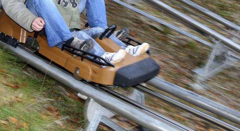 alemanhaaaa - Criança perde a perna em parque de diversões