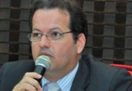 Governador sanciona lei que concede título de cidadão paraibano ao presidente do TCE