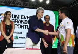 Ricardo libera mais de R$ 1 milhão em créditos durante a Feira de Empreendedorismo em Bananeiras