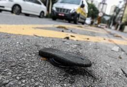 Gêmeos de 4 anos morrem atropelados a caminho da escola