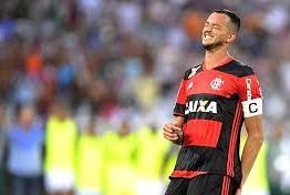 Réver desfalca o Flamengo por pelo menos um mês