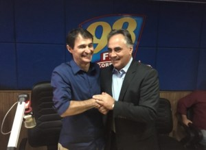 201711070355520000004709 300x219 - Cássio sai da disputa para governador e diz que vez é de Cartaxo e Romero