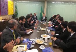 Prefeitos paraibanos se reúne com Aguinaldo Ribeiro em Brasília