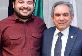 Prefeito de Tavares declara apoio à reeleição de Raimundo Lira