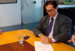 """Coordenador do Dnocs nega paralisação das obras em Coremas/Mãe D'água: """"Ritmo normal"""""""