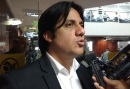 """Luís Torres responde Cartaxo e afirma: """"Cartaxo está recontando a piada de Cássio que o povo não achou graça em 2014"""""""