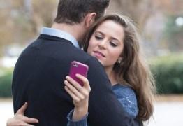 Muito celular, pouco sexo:  conheça as queixas mais comuns das terapias de casal