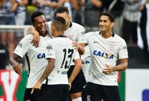 corinthians 2 300x204 - Corinthians chega a 99% de chance de título; Sport se complica