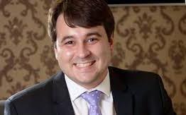 TREM DA ALEGRIA: Prefeito de Piancó, Daniel Galdino, eleva a folha de pessoal de R$ 163 mil para R$ 560 mil em um mês
