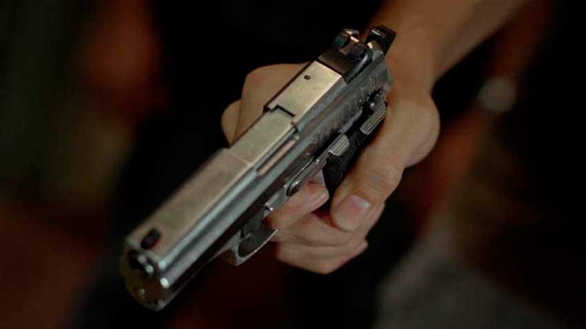 homem armado - CCJ do Senado libera compra de arma de fogo por morador de área rural